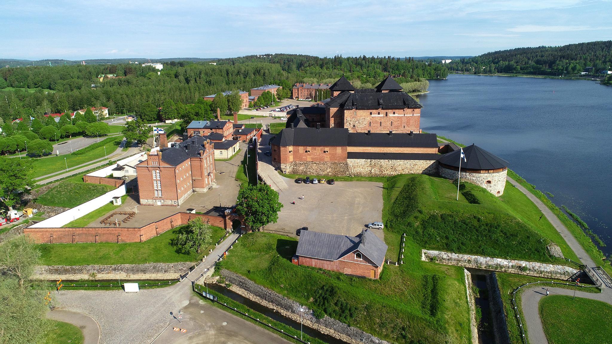 Valokuvaaja Timo Ahola - Drone-ilmakuvaus - Hämeen Linna - Hämeenlinna (c) Valokuvaaja Timo Ahola